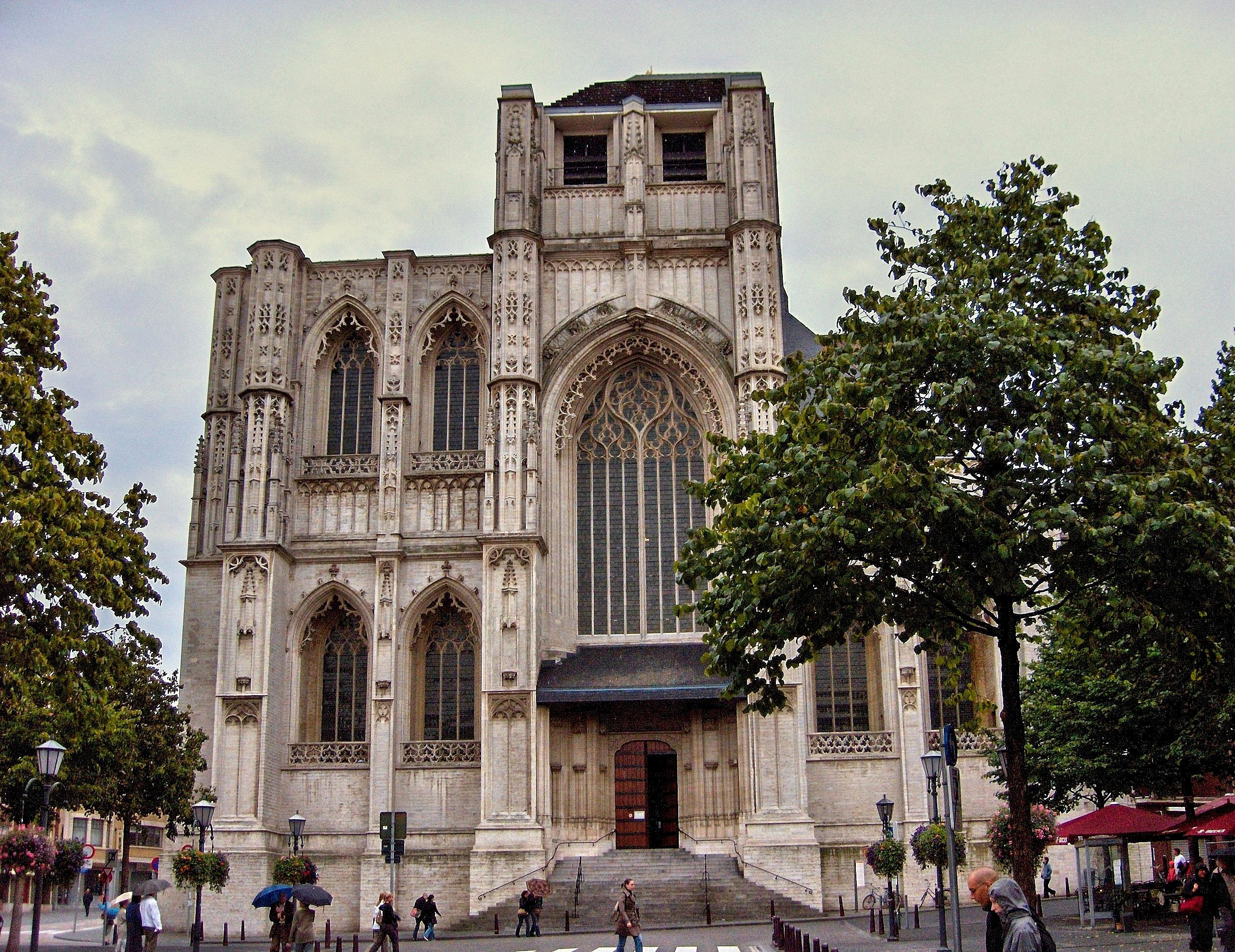 Flandre – Vlaanderen (Belgique – België) » LOUVAIN : L'EGLISE ...: https://bernardmeeus.wordpress.com/photos-de-flandre-en...