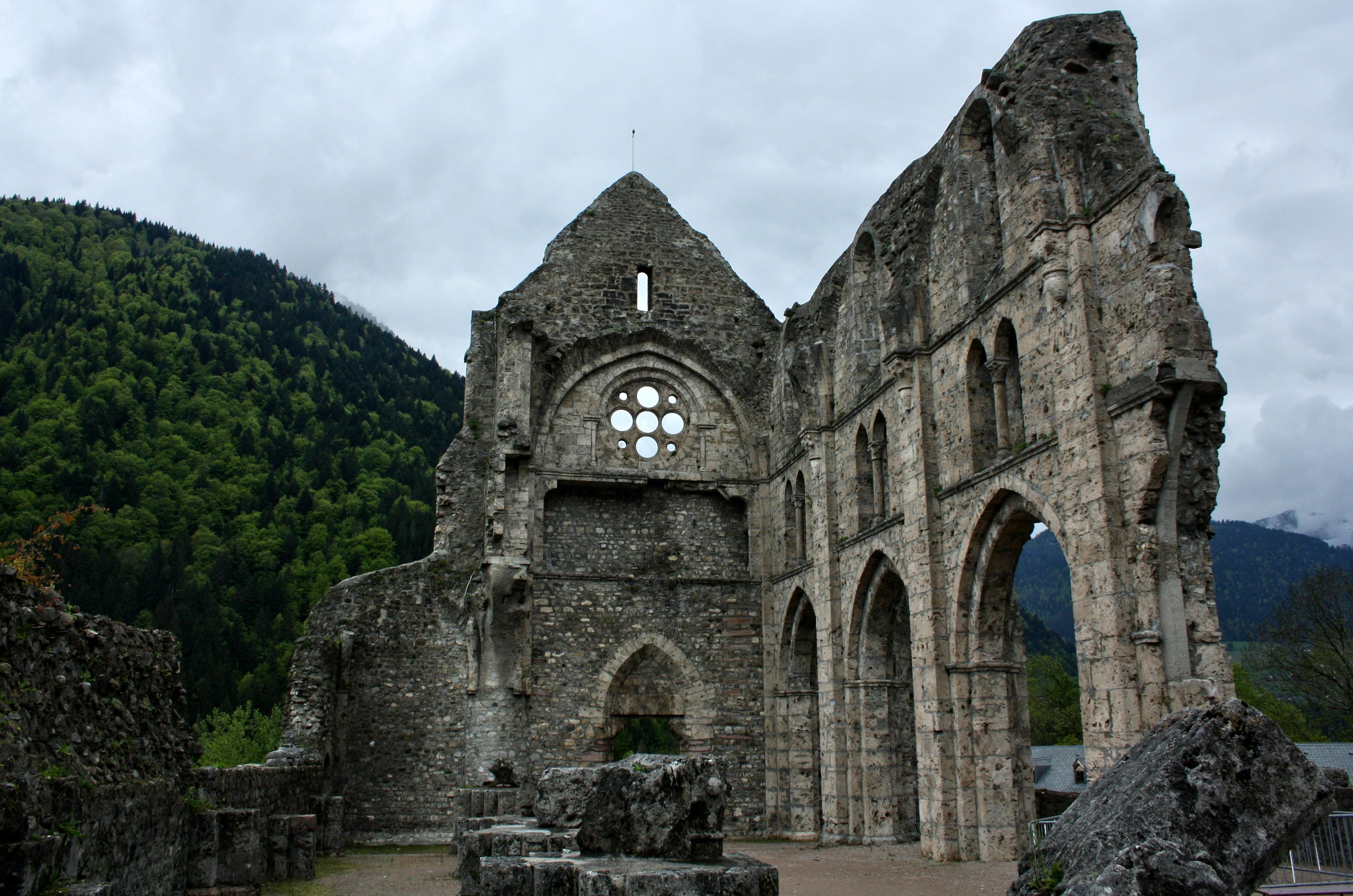 les ruines de l u2019abbaye de saint
